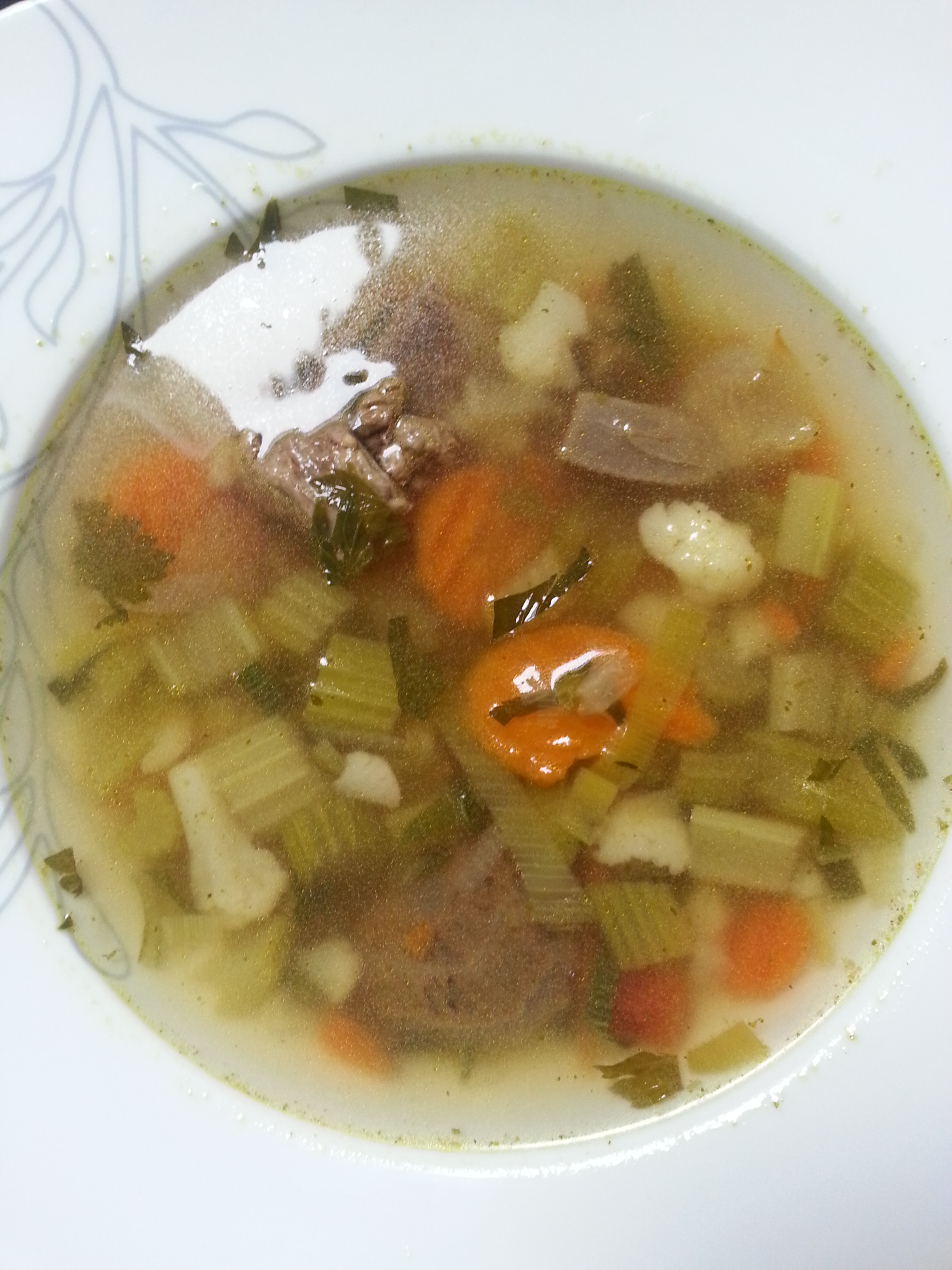 hoofdgerecht vegetarische groentesoep